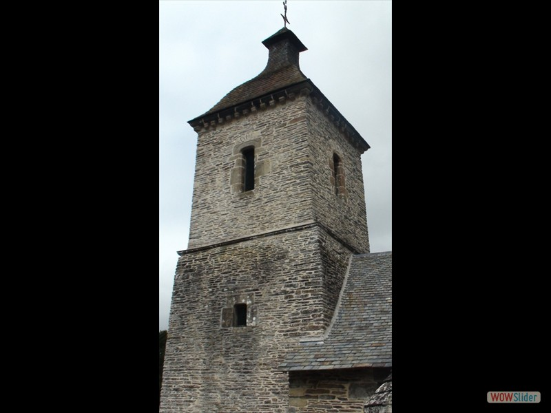 Pardon IV Rosquelfen ND de Bon Secours Laniscat 2017 le clocher de la chapelle1. (450x800)