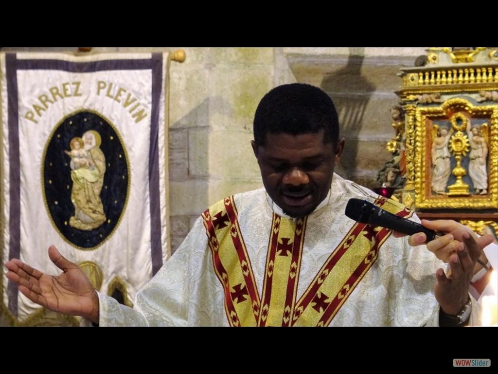 Pardon du père Maunoir Plévin le père Fortuma 2